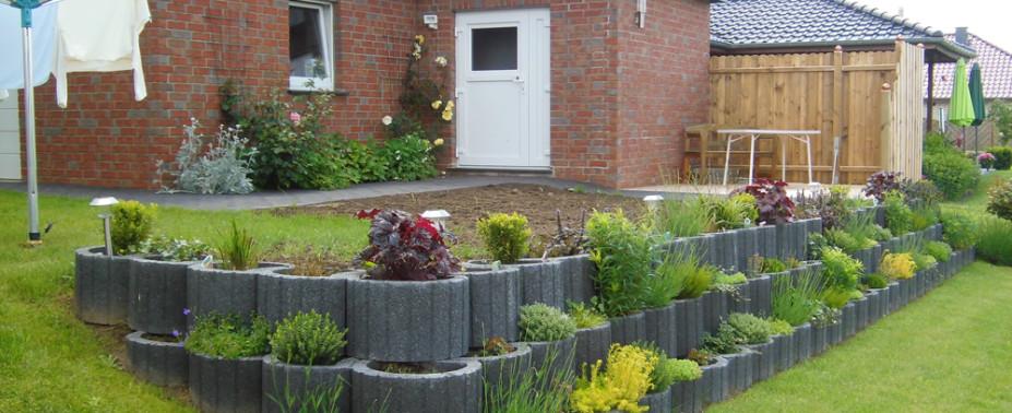 Wir gehen mit Ihnen gemeinsam den Weg von Ihrer Idee bis zu Ihrem Gartentraum – ob Gestaltung eines neuen Gartens oder Umgestaltung des bestehenden Gartens.